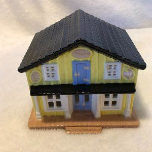 Byron Molds Hand Painted Vintage (1986) Yellow Sweet Shop Candy Shop Building